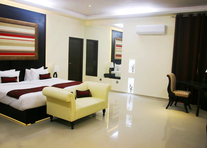 best-hotel-room-in-lahore