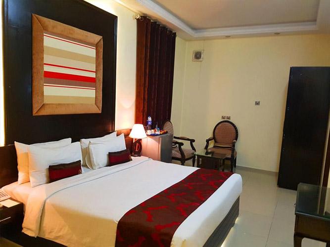 Standard-Suites-grand-enclave-hotel-lahore