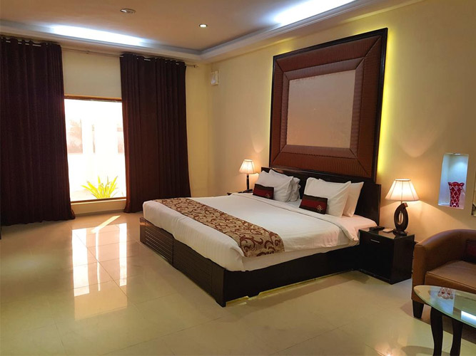 Business Deluxe Rooms